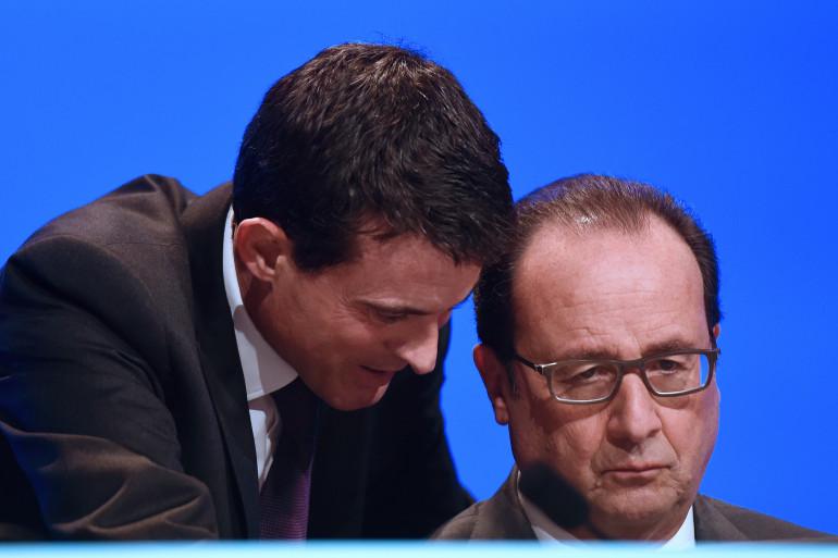 Manuel Valls et François Hollande à Paris le 18 novembre 2015