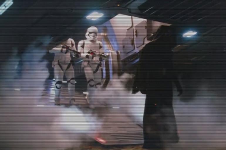 """Kylo Ren, le nouveau vilain de """"Star Wars"""", est lié à Dark Vador"""