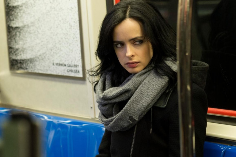 Krysten Ritter incarne Jessica Jones, dans la série de Netflix, l'une des meilleures de l'année