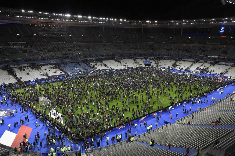 Le Stade de France après le coup de sifflet final de France-Allemagne le 13 novembre 2015 à la suite des terribles attentats