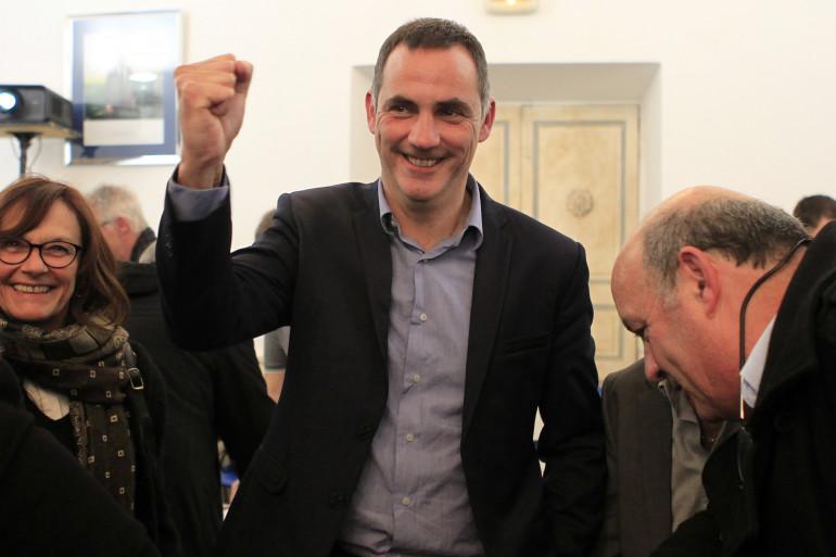 Gilles Simeoni (nationalistes), s'est emparé de la Corse