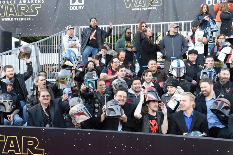 """""""Star Wars VII"""" : fans à l'avant-première mondiale"""