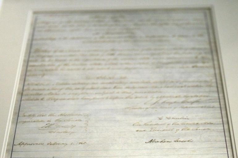 Une copie du 13ème amendement qui abolit l'esclavage aux États-Unis