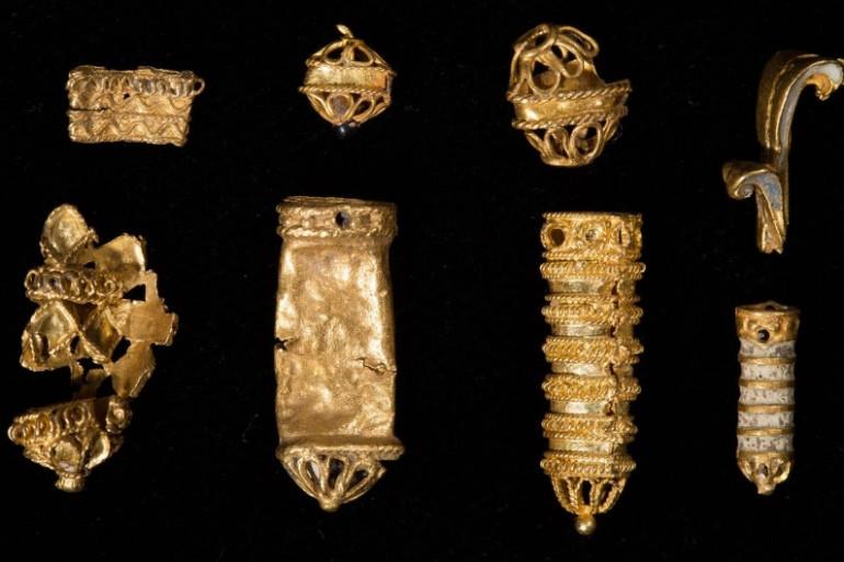 Des objets en or ayant appartenu à la Maison Tudor ont été retrouvés dans la Tamise.