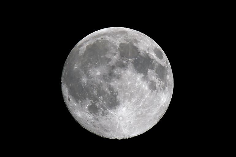 La prochaine Pleine Lune lors du réveillon de Noël aura lieu en 2034 (illustration)