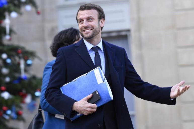 Emmanuel Macron à la sortie du Conseil des ministres, le 4 janvier 2015