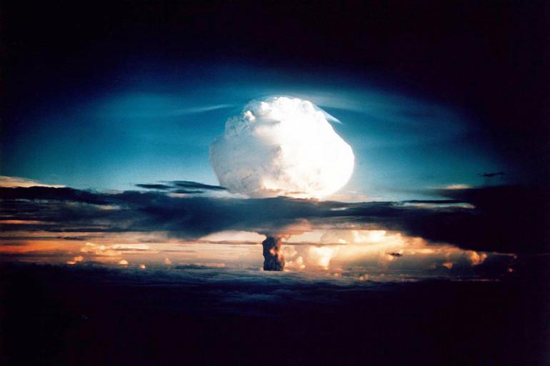 Le nuage créé par la bombe H XX-58 IVY MIKE testé sur l'atoll Enewetak par les États-Unis en novembre 1952
