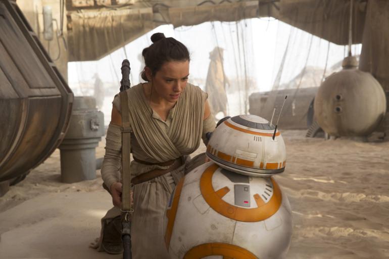 L'identité de Rey (Daisy Ridley) est au centre de toutes les spéculations
