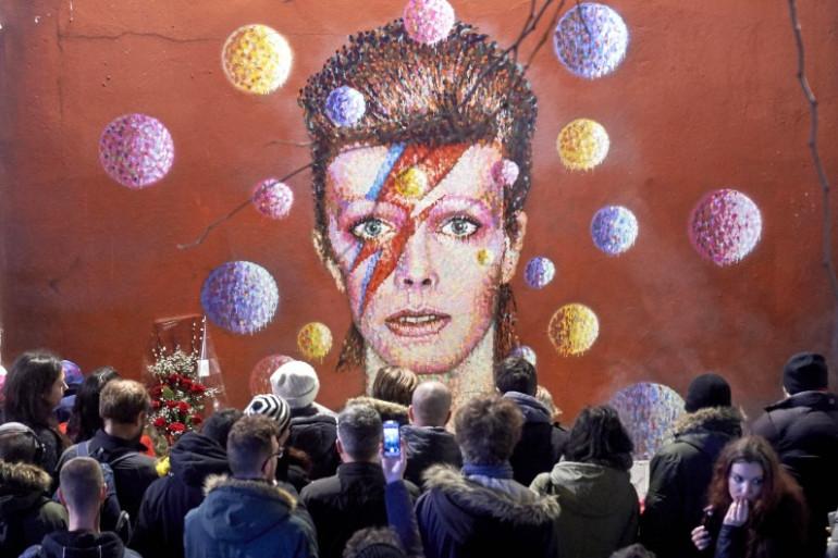 Hommage à David Bowie à Brixton, la ville natale du chanteur