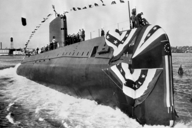 """La première sortie en mer du sous-marin """"USS Nautilus"""", le 21 janvier 1954"""
