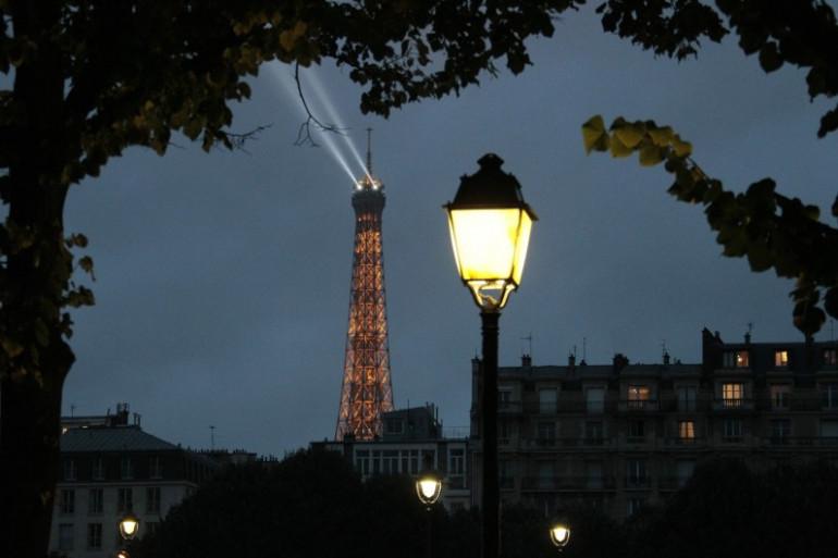 Un lampadaire à Paris (illustration)
