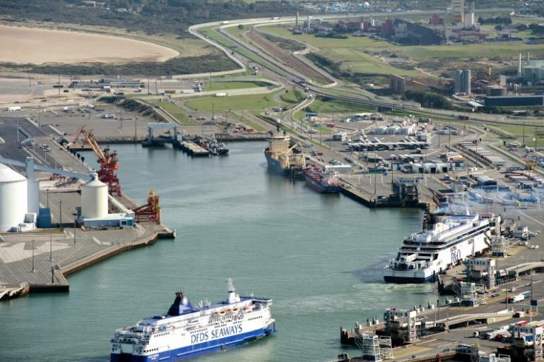 Une vue du port de Calais