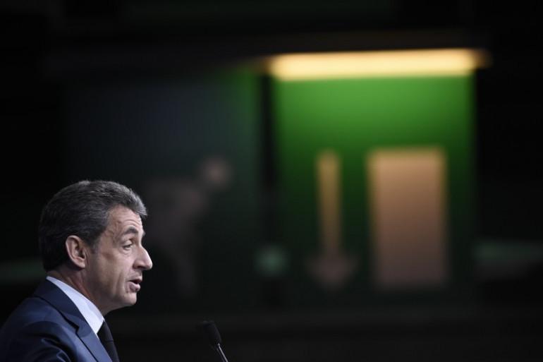 Nicolas Sarkozy prononçant son discours devant Les Républicains, le 14 février 2016