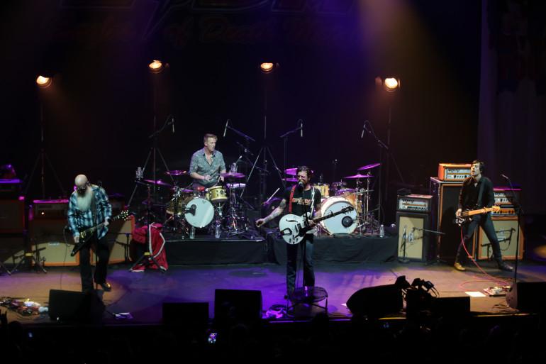 Le groupe américain Eagles of Death Metal en concert à l'Olympia, le 16 février 2016