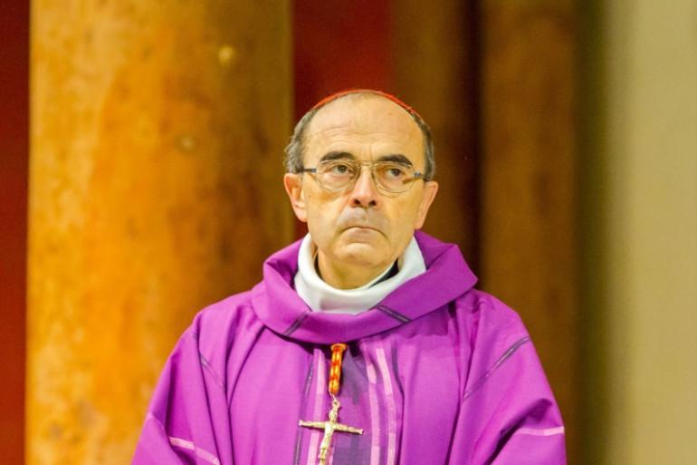 Mgr Barbarin, cardinal et archevêque de Lyon