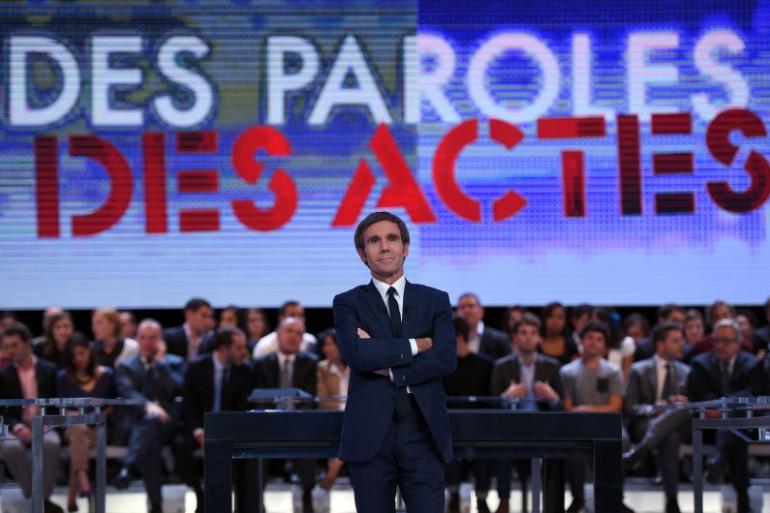"""David Pujadas, le présentateur de l'émission """"Des paroles et des actes"""" sur France 2"""
