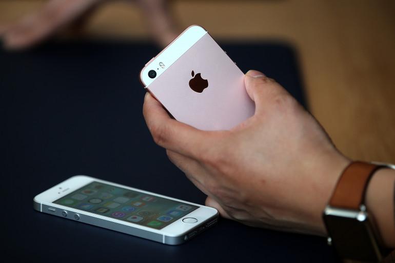 L'iPhone SE intègre les fonctions de l'iPhone 6s dans un appareil au format de l'iPhone 5