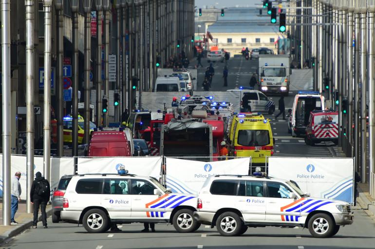 Les forces de l'ordre et les secours déployés à Bruxelles après les différentes explosions, mardi 22 mars