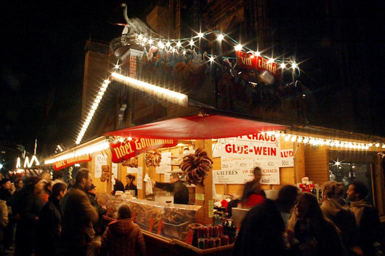 Marché de Noël à Strasbourg (décembre 2003)