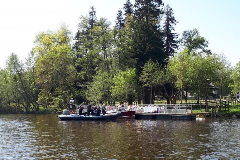 Des CRS sur la rivière de l'Erdre (illustration)