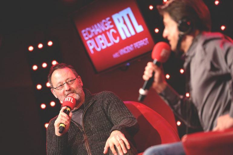 Jean Reno face à Vincent Perrot dans Échange Public