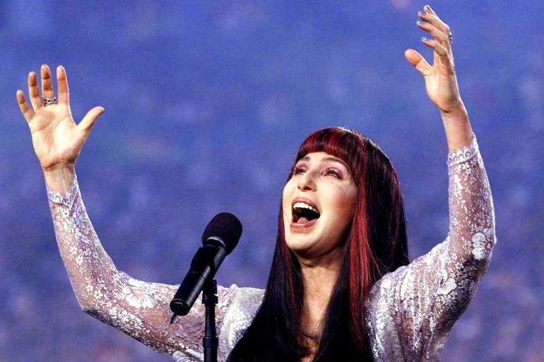 La chanteuse Cher lors du Superbowl, le 31 janvier 1999.