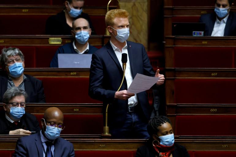 Adrien Quatennens (France Insoumise) lors de la séance des questions au gouvernement à l'Assemblée nationale, le 8 décembre 2020 à Paris.