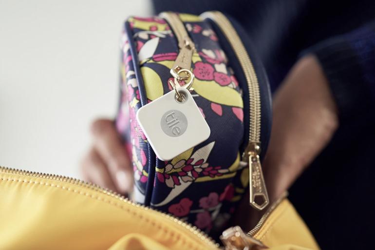 La marque Tile propose des trackers Bluetooth à accrocher aux objets du quotidien pour arrêter de les égarer