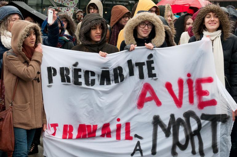 Des jeunes manifestants contre la Loi Travail, le 9 mars 2016 à Rennes