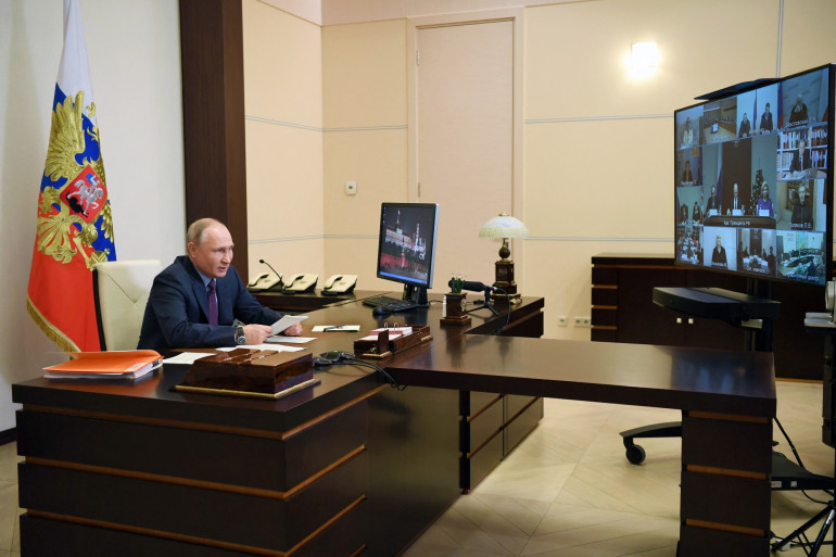 Vladimir Poutine, le 10 décembre 2020, officiellement dans son bureau de sa résidence près de Moscou