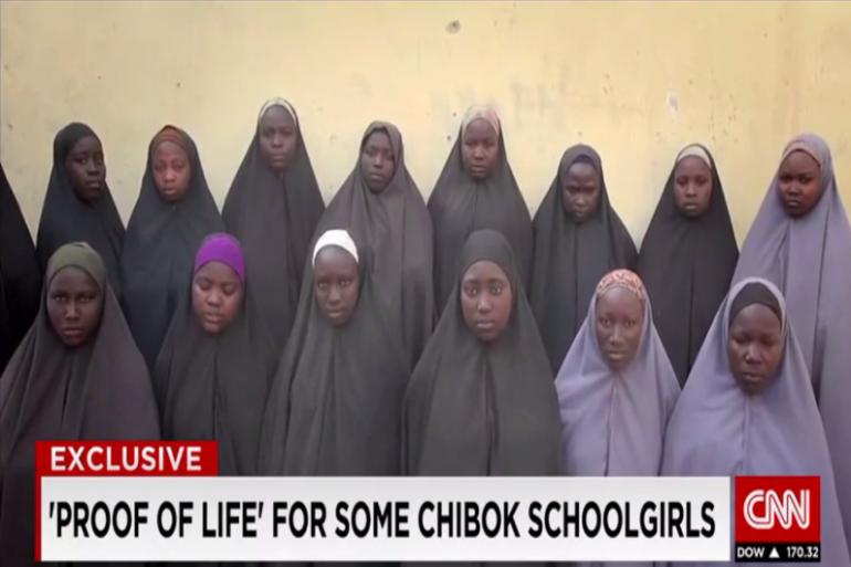 """Boko Haram a diffusé une vidéo en guise de """"preuve de vie"""" des lycéennes enlevées à Chibok le 14 avril 2014."""