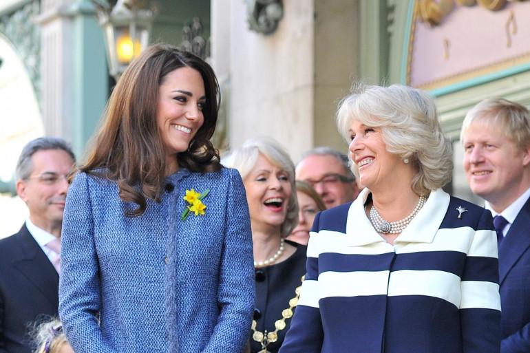 Kate Middleton accompagnée de sa belle-mère, Camilla, duchesse de Cornouailles
