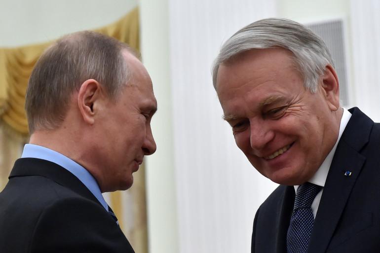La rencontre entre le ministre des Affaires étrangères Jean-Marc Ayrault et le président russe Vladimir Poutine à Moscou, le 19 avril 2016
