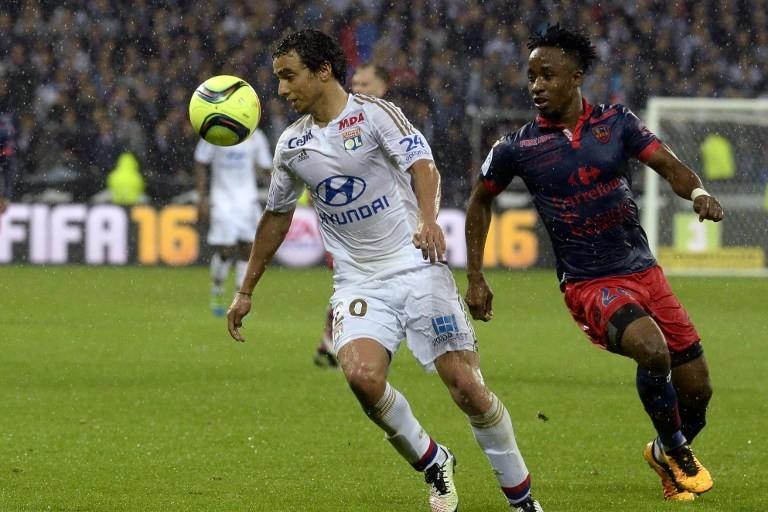 Lyon s'est imposé à domicile contre Ajaccio -2-1)