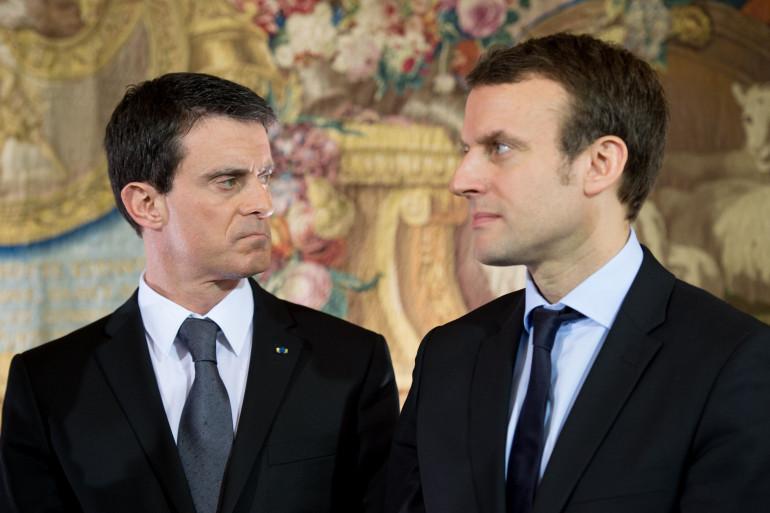 Manuel Valls et Emmanuel Macron, à Matignon le 8 février 2016