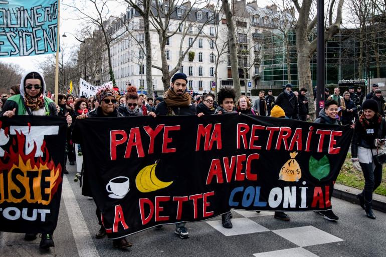 Des manifestants contre les plans de réforme des retraites  le 29 janvier 2029 à Paris.