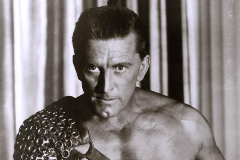 """Kirk Douglas dans le film hollywoodien """"Spartacus"""", le 31 décembre 1959."""