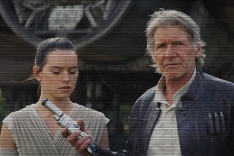 """Rey (Daisy Ridley) et Han Solo (Harrison Ford) dans le 7ème épisode de """"Star Wars"""""""