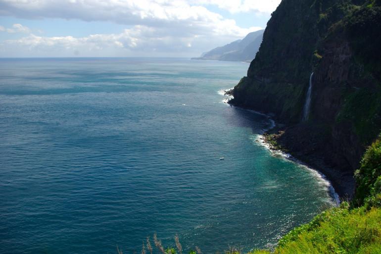 L'océan Atlantique pris au large de l'île de Madère