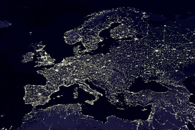 L'Europe vue de nuit (illustration)