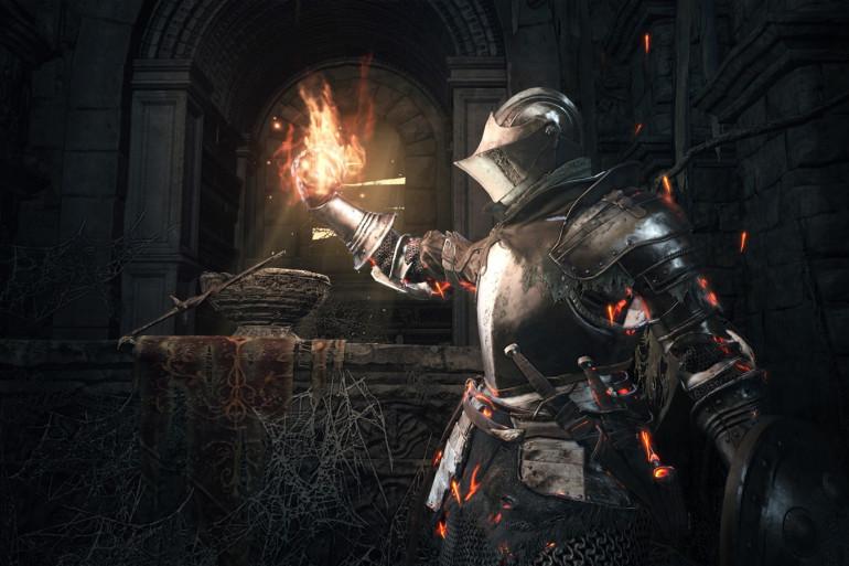 """Dans """"Dark Souls 3"""", vous incarnerez une Morteflamme brillant parfois telle une braise à travers un monde de ténèbres"""