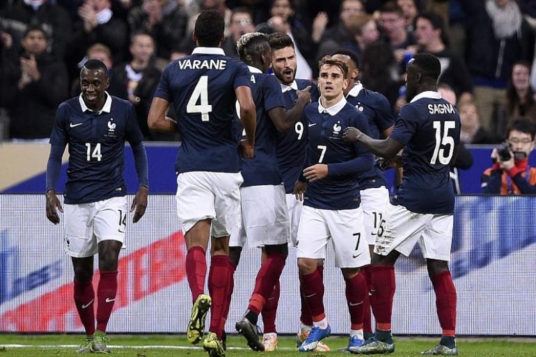 L'équipe de France de football pourrait s'unir encore plus autour de son sélectionneur attaqué
