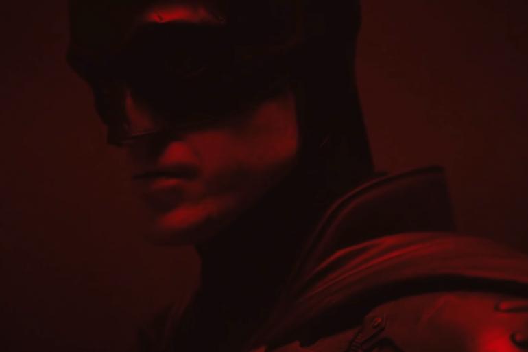 """Robert Pattinson dans son costume de """"Batman"""""""