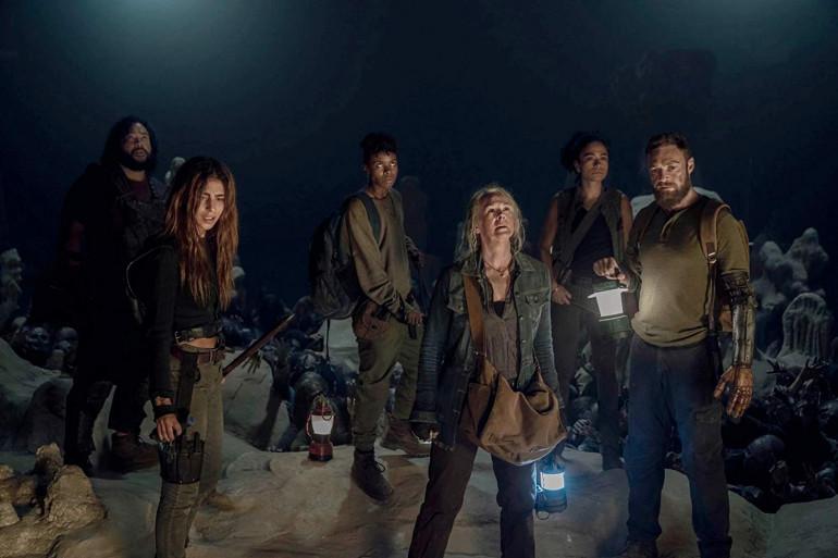 """Jerry, Magna, Connie, Kelly, et Aaron piégés dans la grotte de """"The Walking Dead"""""""