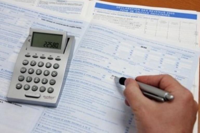 Pourquoi le fisc réclame encore de l'argent à certains contribuables ?