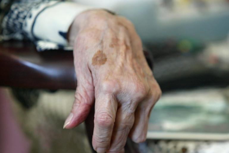 Une personne âgée (image d'illustration)