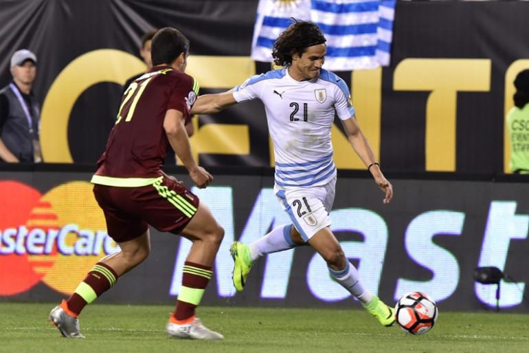 L'Uruguay est éliminé de la Copa America à cause de plusieurs ratés d'Edinson Cavani : Luis Suarez pète un cable