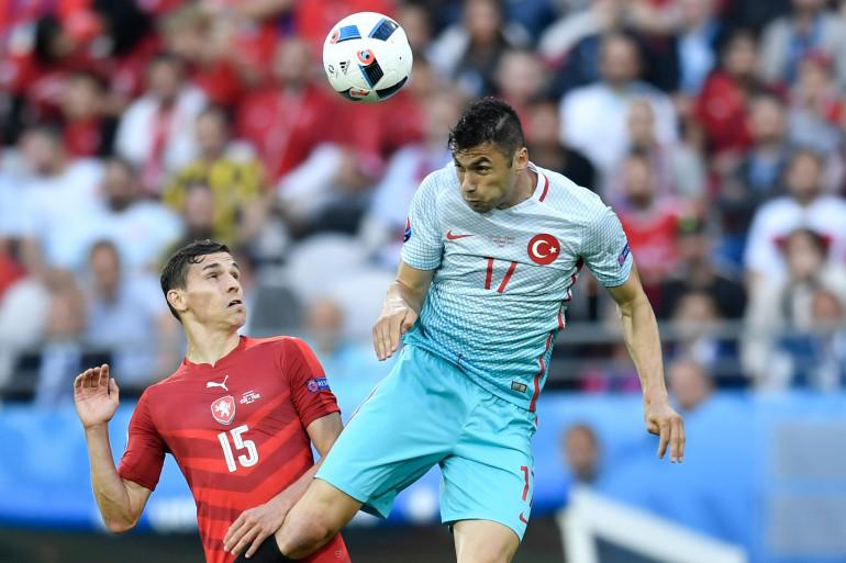 Burak Yilmaz face aux Tchèques le 21 juin 2016