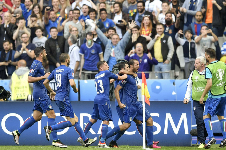 Giorgio Chiellini offre la victoire à l'Italie, lundi 27 juin