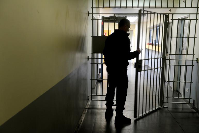 Un surveillant de la Maison d'arrêt de l'Hermitage, à Brest.